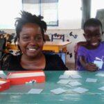 Een nieuwe vriendin, nee, nog beter: een zusje voor Emmanuella